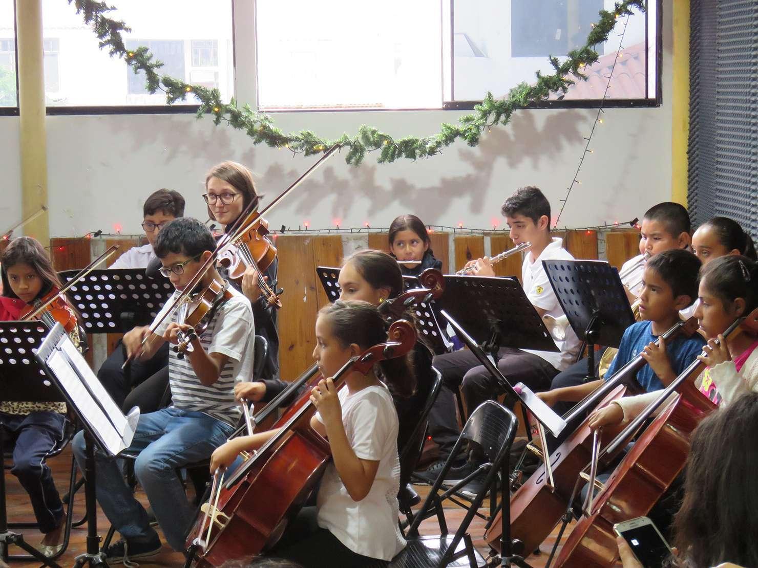 Recital Orquesta de Tierra - Arpegio Perú